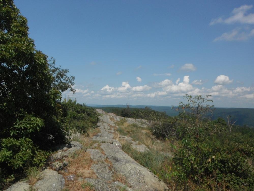 A beautiful ridgeline on a beautiful day